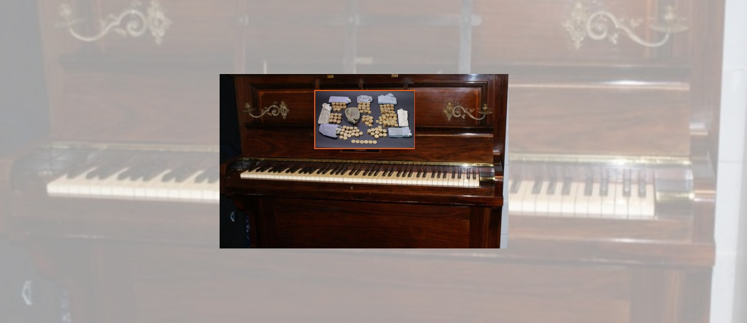 Couple gives away piano with $600K in gold coins inside.